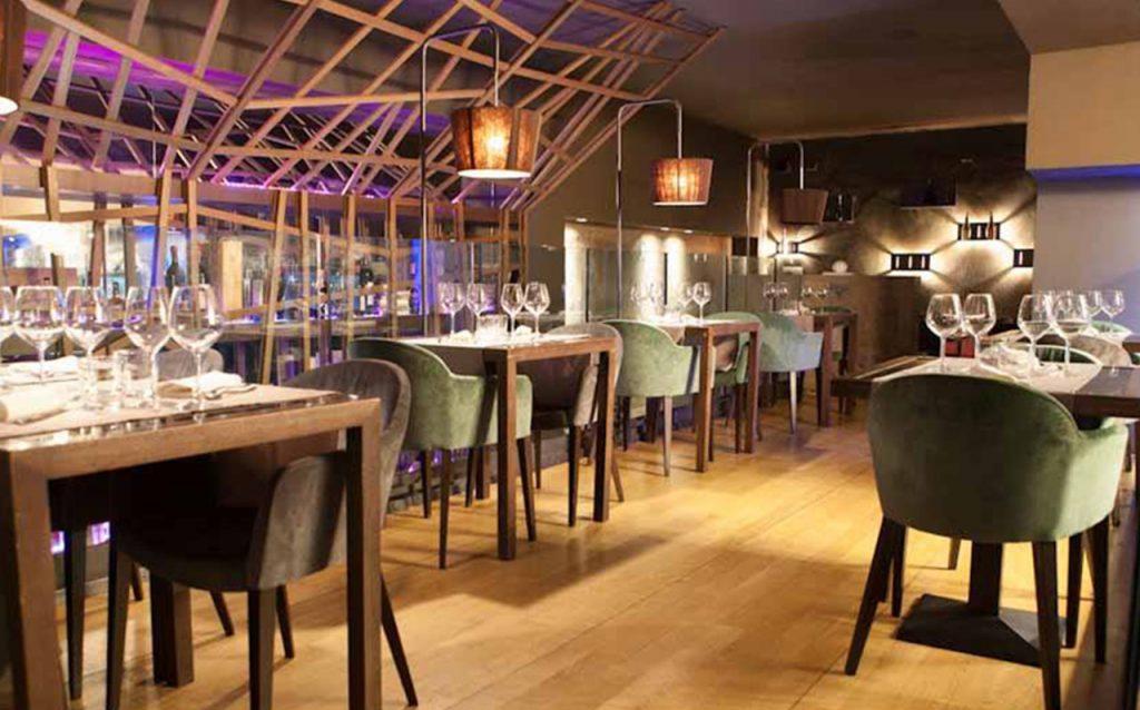 bar-restaurant-peek-a-boo-03-1024x638
