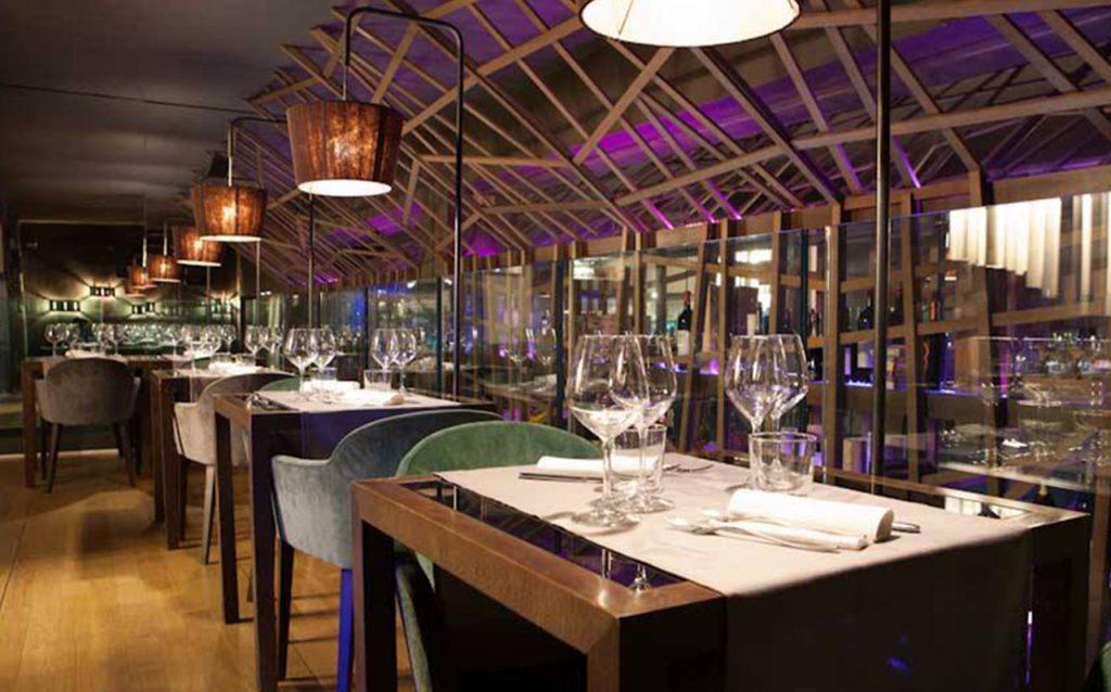 bar-restaurant-peek-a-boo-04-1024x638